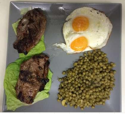 Entrecôte, faux filet, côtes d'agneau, brochettes, merguez, méchoui, bœuf, poulet, saucisse, travers, cailles, couscous, petit déjeuner, croissant, tartines, beure, confitures
